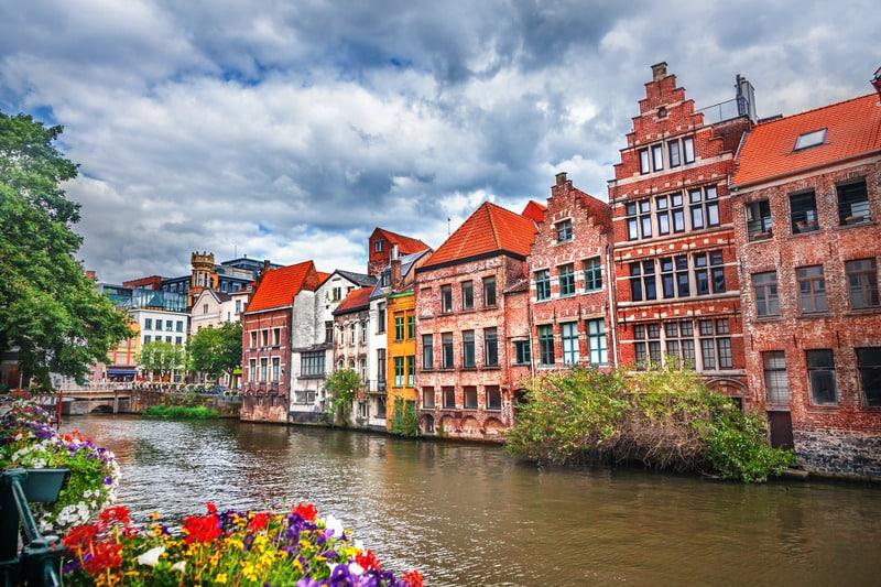 Brugge Nerede Kalınır ?