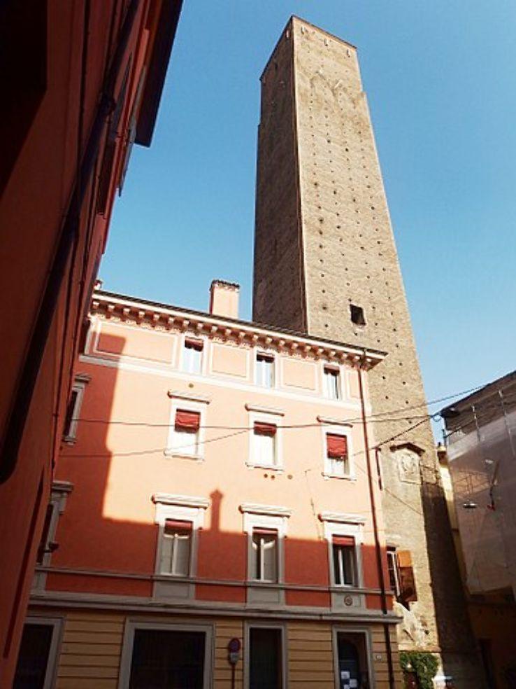 Torre Prendiparte (Prendiparte Kulesi)