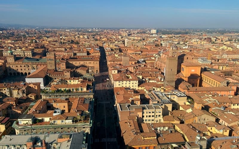 Bologna Gezilecek Yerler