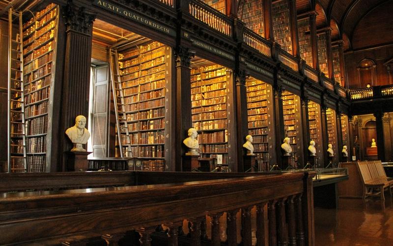 Trinity Koleji Kütüphanesi