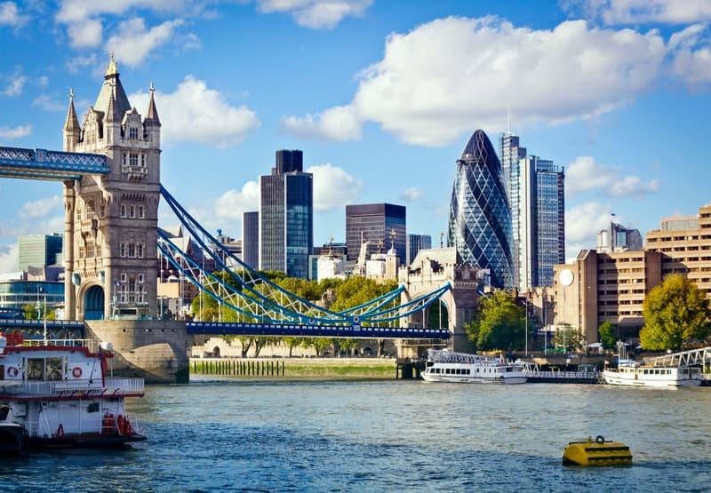 Londra Tower Köprüsü - Londra da Nerede Kalınır