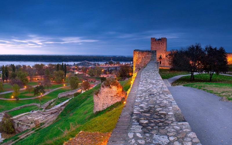 Belgrad Kalesi Manzarası