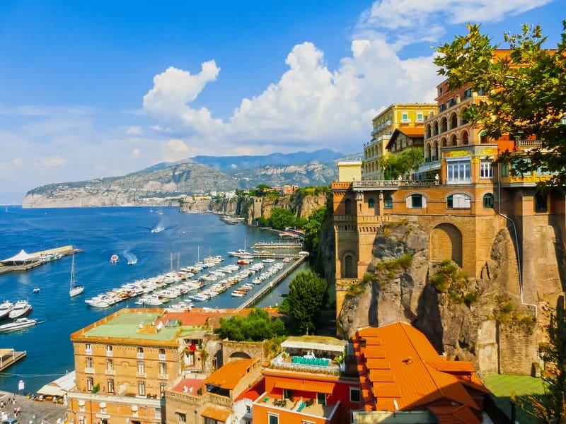 Sorrento Kasabası Amalfi'de Gezilecek Yerler