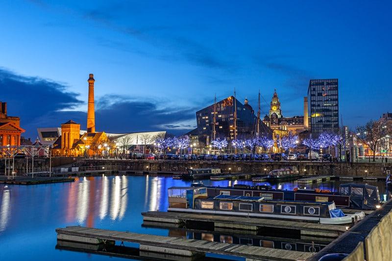 Albert Dock Liverpool Gezilecek Yerler