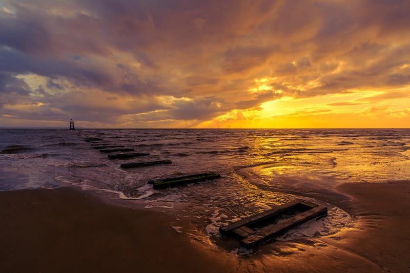 Crosby Plajı Liverpool Gezilecek Yerler