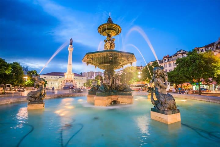 Rossio Meydanı - Lizbon'da Gezilecek Yerler