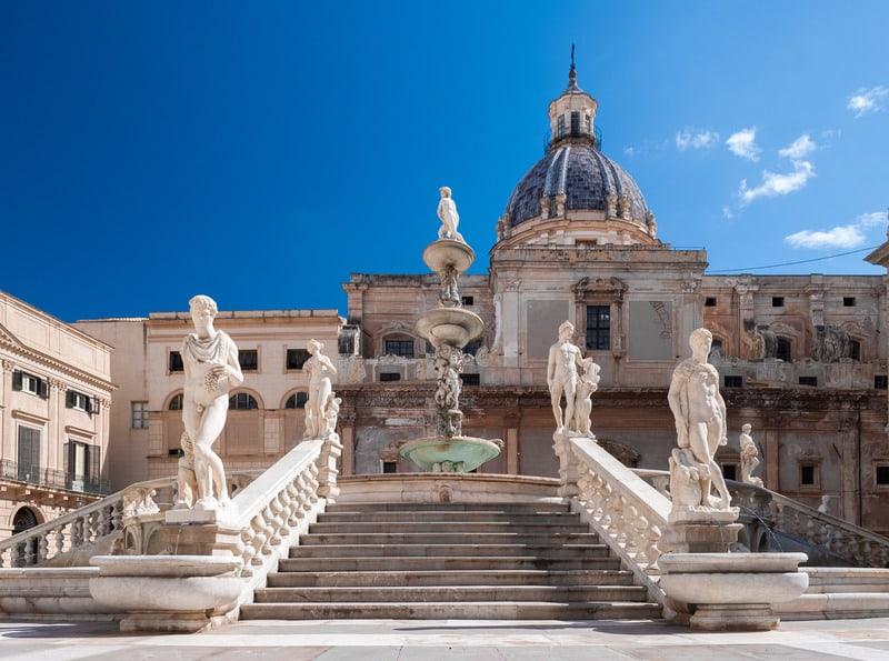 Pretorian Çeşmesi - Palermo