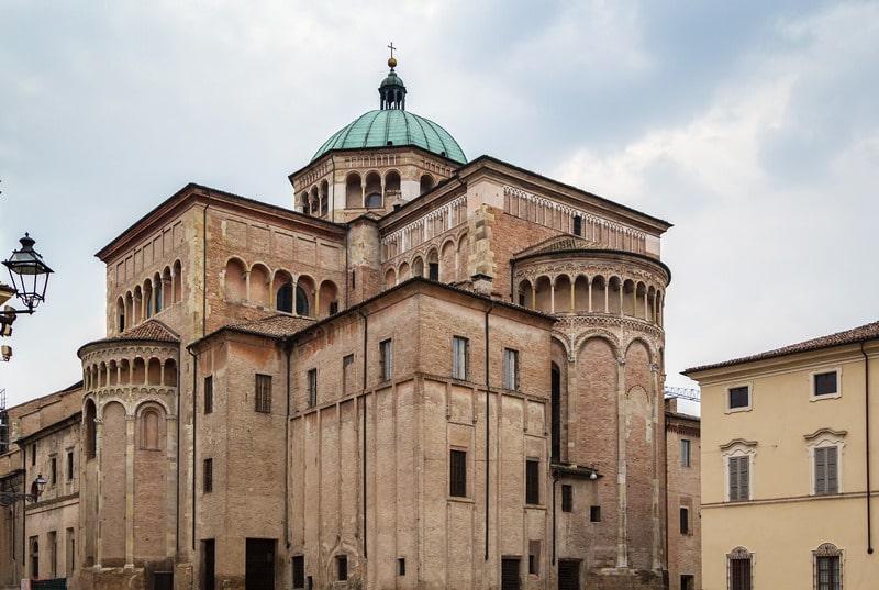 Parma Katedrali - Parma Gezilecek Yerler