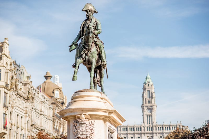 Özgürlük Meydanı - Porto Gezilecek Yerler