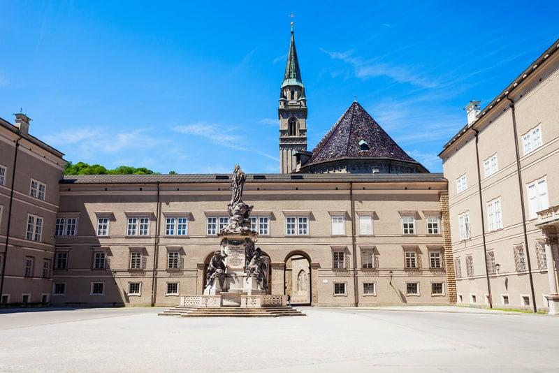 Fransisken Kilisesi Salzburg Gezilecek Yerler