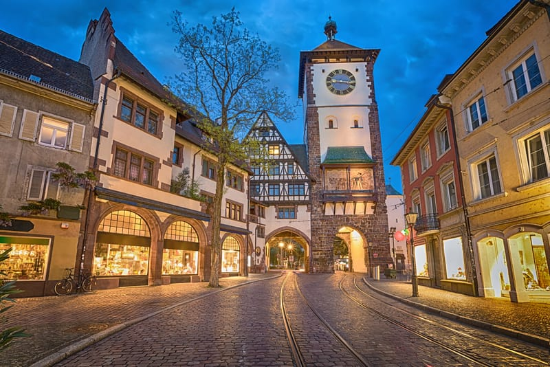 Schwabentor Kapısı Freiburg Gezilecek Yerler