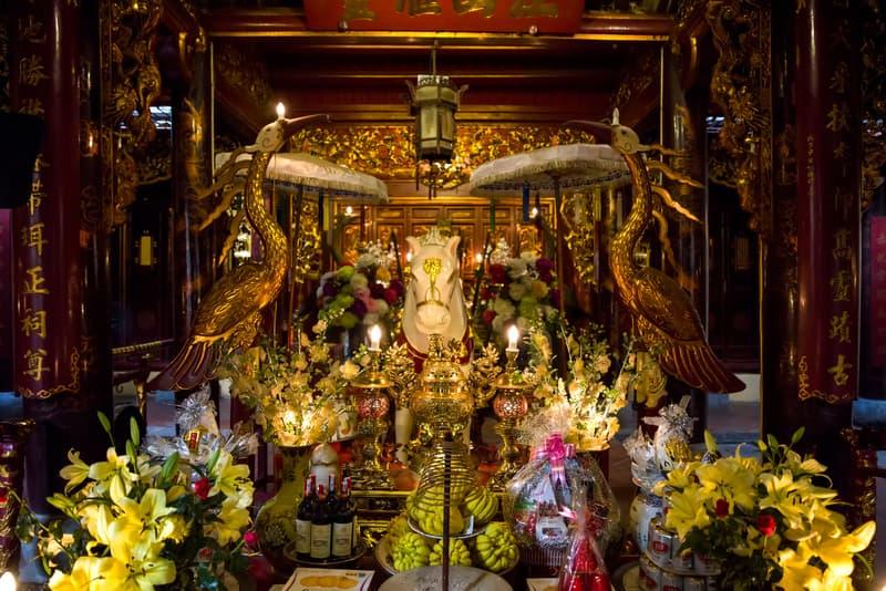 Bach Ma Tapınağı - Hanoi Gezilecek Yerler