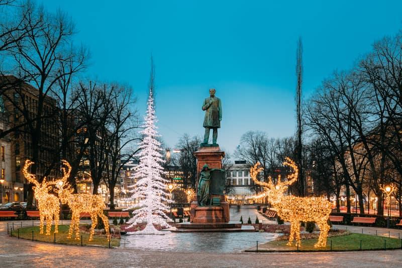 Esplanadi Parkı Helsinki