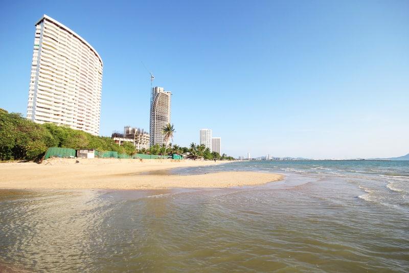 Jomtien Plajı