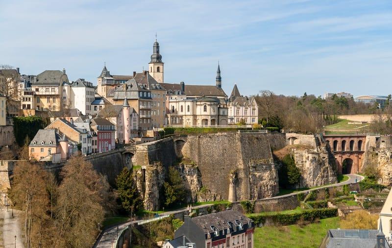 Korniş Duvarları Lüksemburg