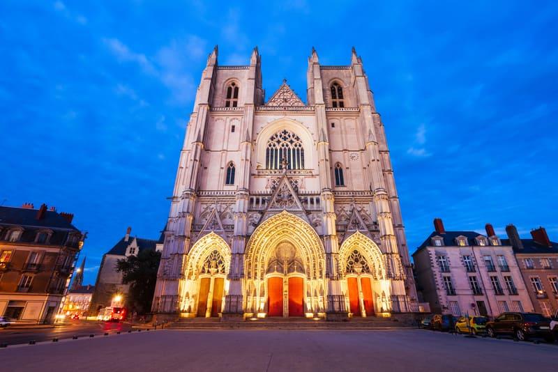 Nantes katedrali - Nantes te gezilecek yerler