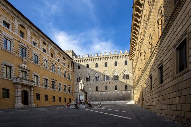 Palazzo Salimbeni Siena