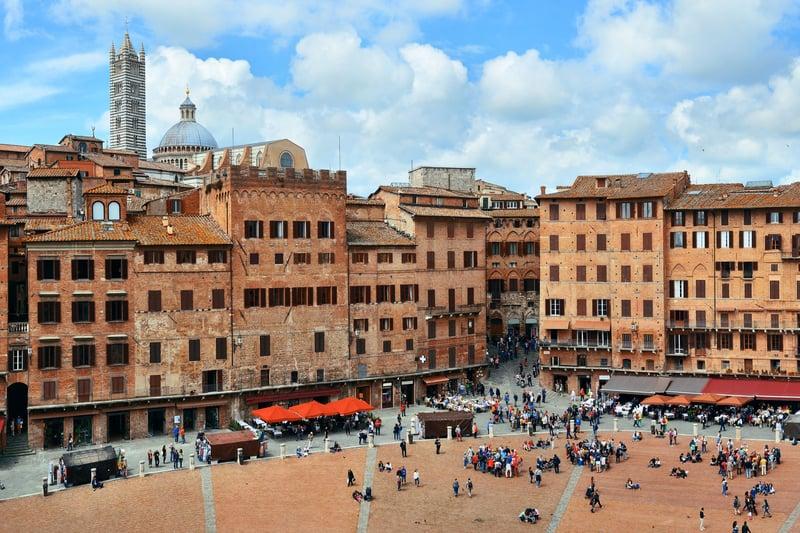 Piazza del Campo Meydanı