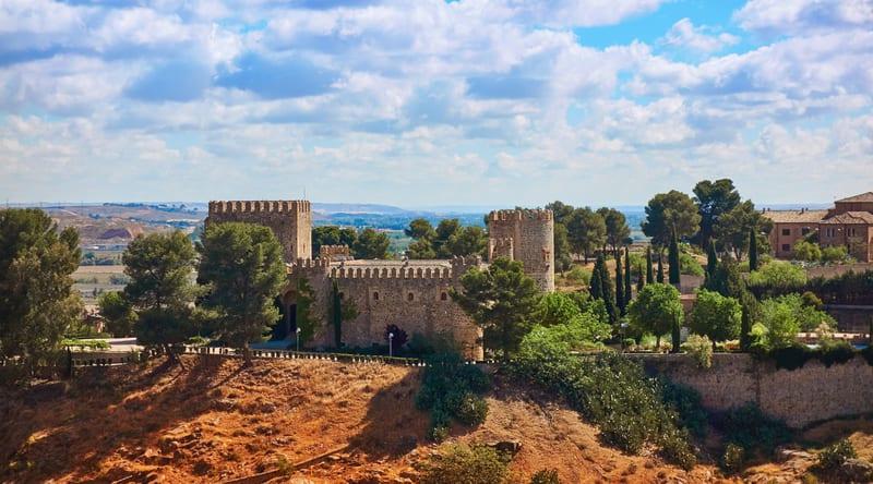 San Servando Kalesi Toledo da Gezilecek Yerler