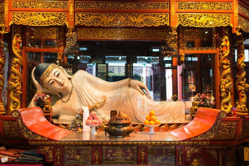 Jade Buddha Temple (Yeşim Buda Tapınağı)