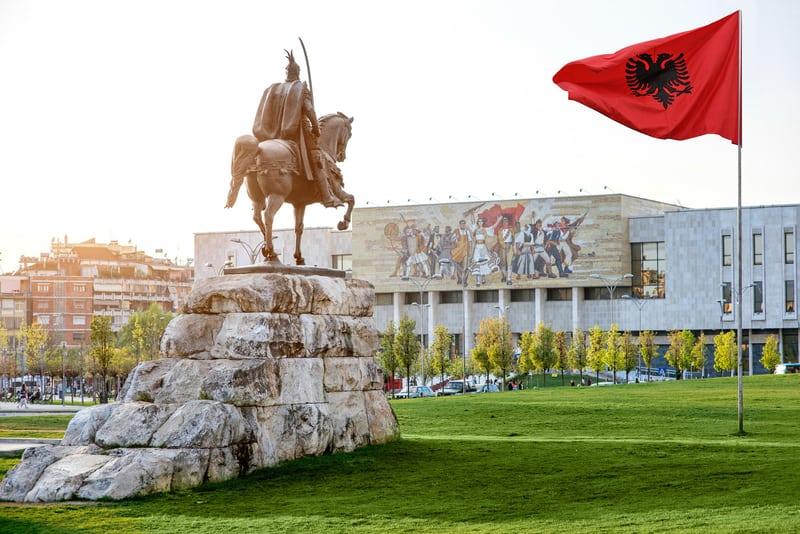 İskender Bey (Skanderbeg) Meydanı