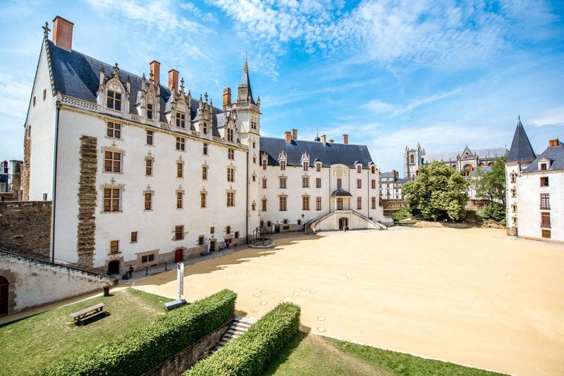 Nantes Fransa da Gezilecek Yerler