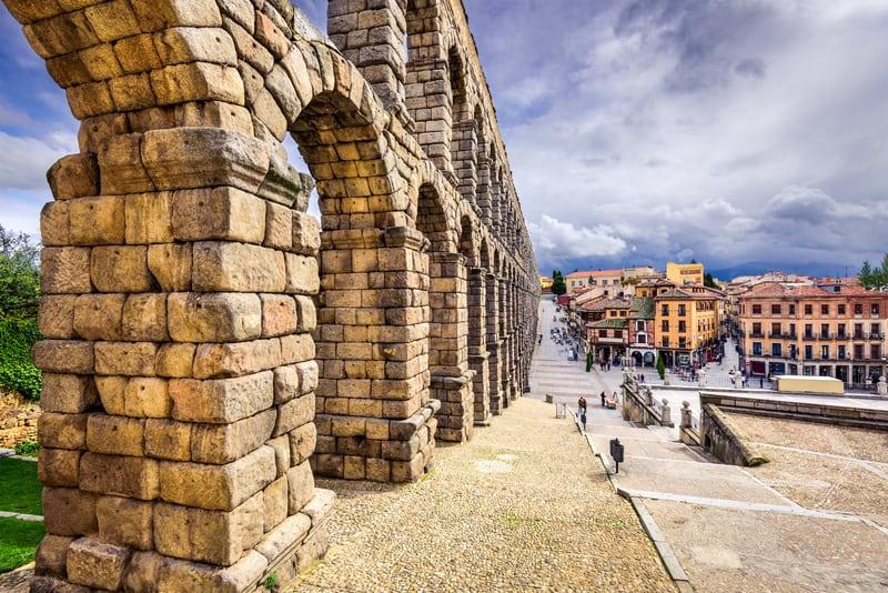 Segovia Su Kemeri - İspanya Gezilecek Yerler Listesi