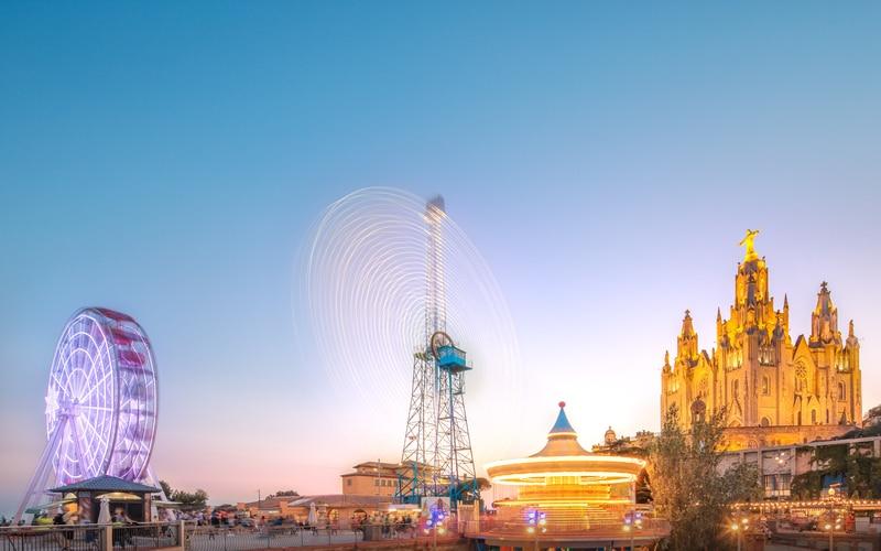 Tibidabo Eğlence Parkı ve Kilisesi