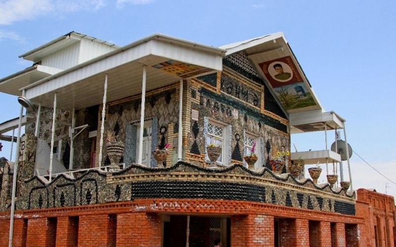 Bottle house of Ganja - Gence Şişe Ev
