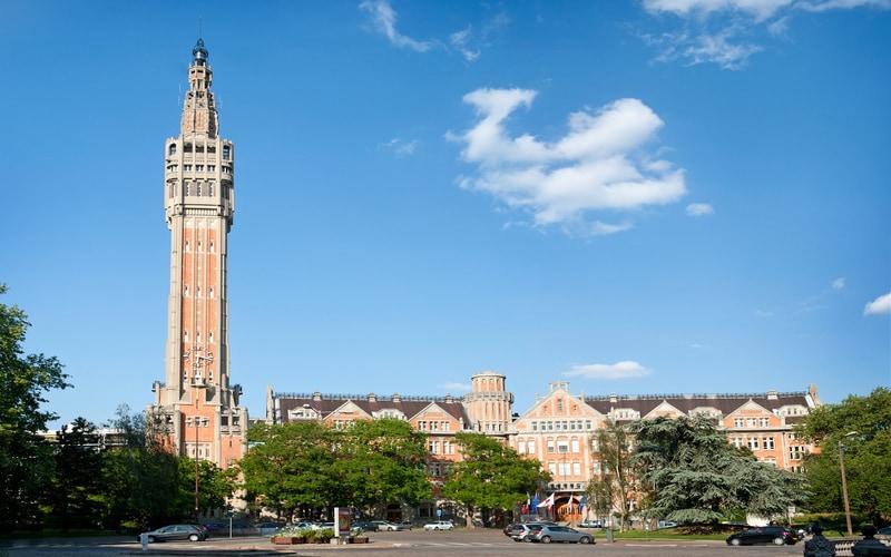 Beffroi de Lille (Belediye Binası ve Çan Kulesi)