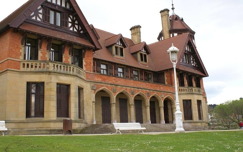 Miramar Kraliyet Sarayı