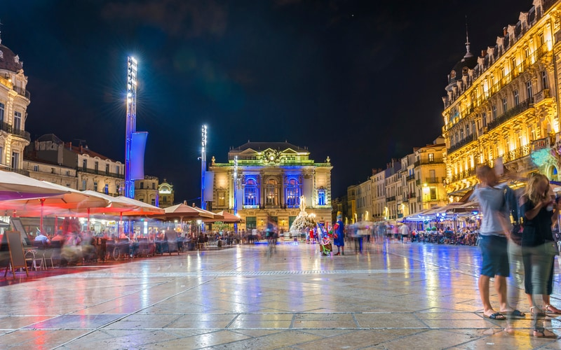 Place de la Comedie Meydanı