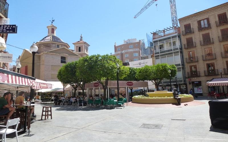 Plaza de las Flores - Murcia Gezi Rehberi