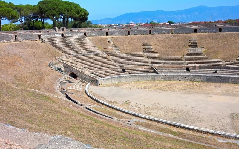 Pompei Amfitiyatrosu