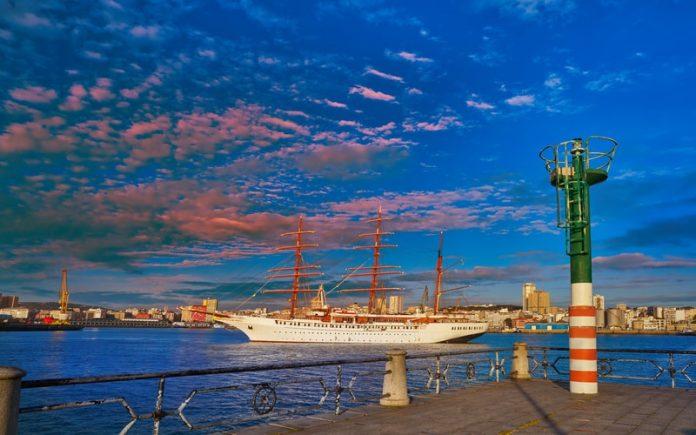 A Coruna Gezilecek Yerler - Liman