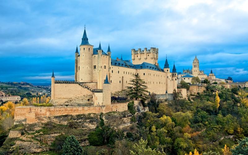 Alcazar Kalesi - Segovia Gezilecek Yerler