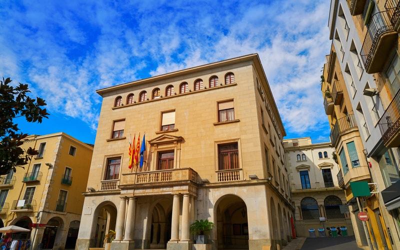 Ajuntament de Figueres (Belediye Binası)