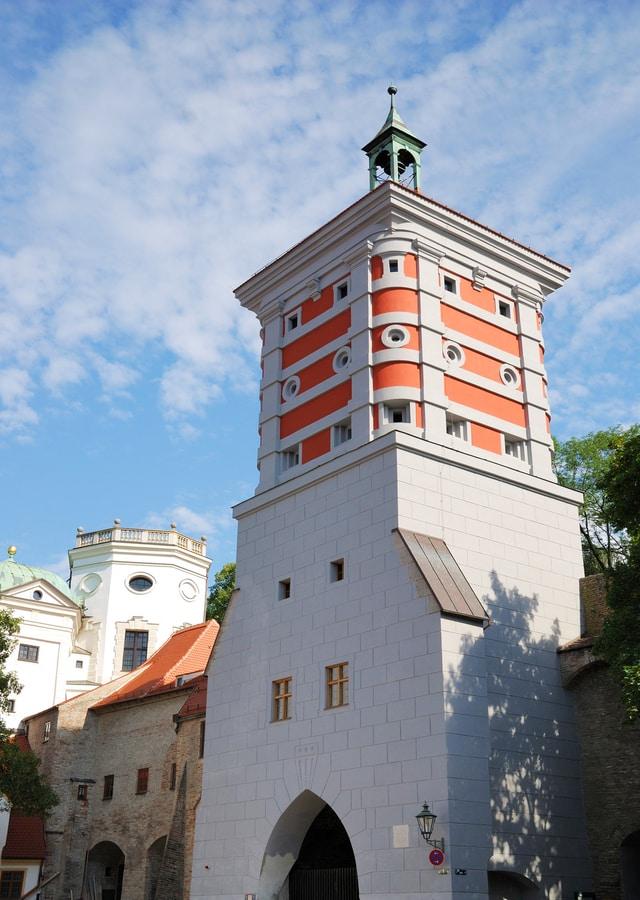 Rotes Tor Kırmızı Kule