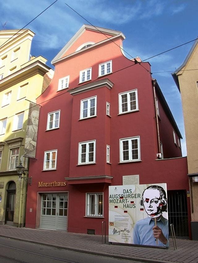 Mozarthaus (Mozart'ın Evi)