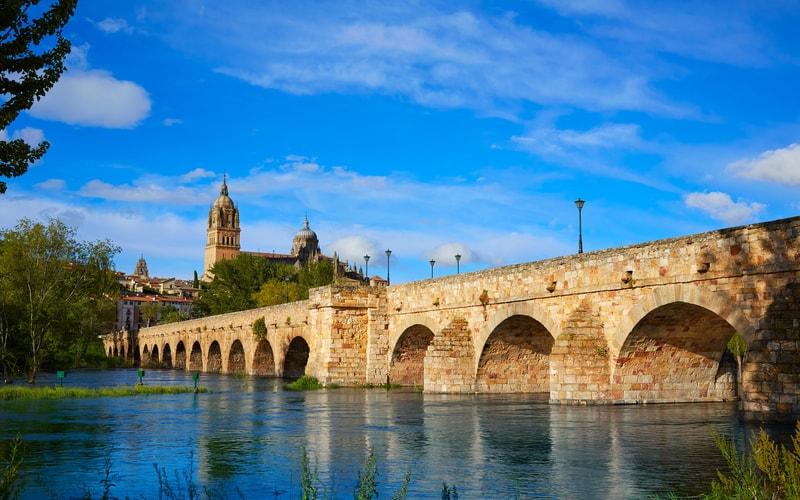 Salamanca Roma Köprüsü