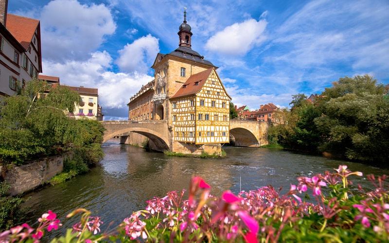 Altes Rathaus (Bamberg Eski Belediye Binası)