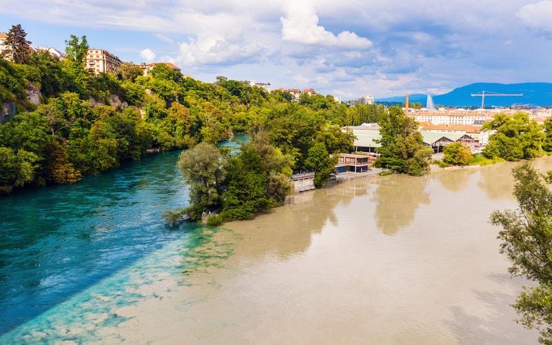 Rhone ve Arve Nehirlerinin Kesiştiği Yer