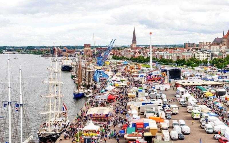 Rostocker Stadthafen (Rostock Şehir Limanı)